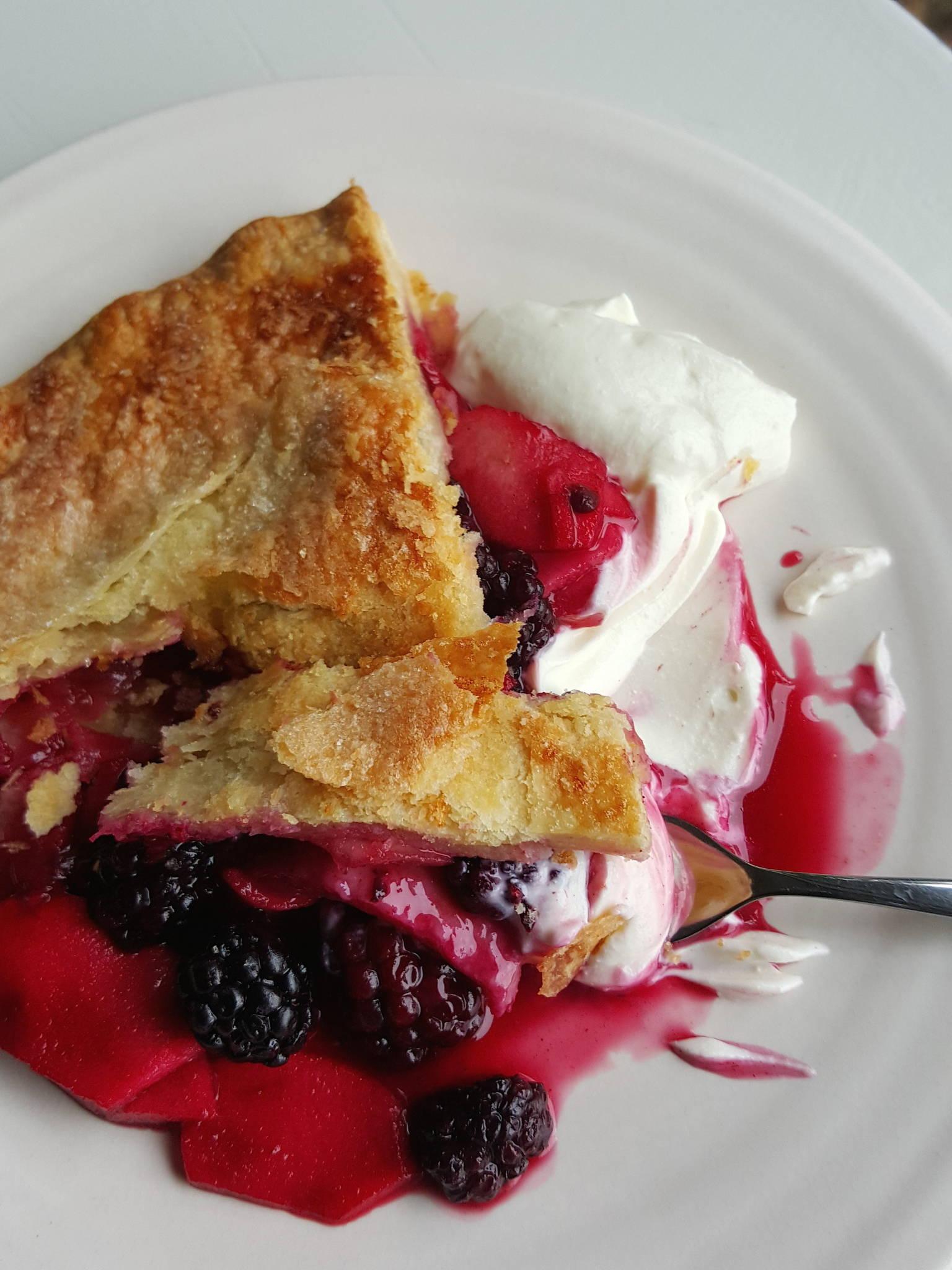 Blackberry & apple pie slice