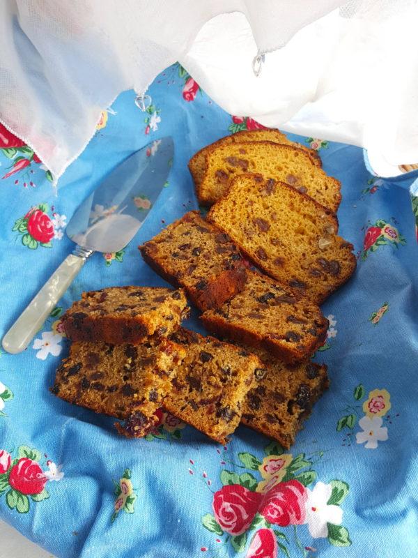 Pineapple cake & fruit loaf
