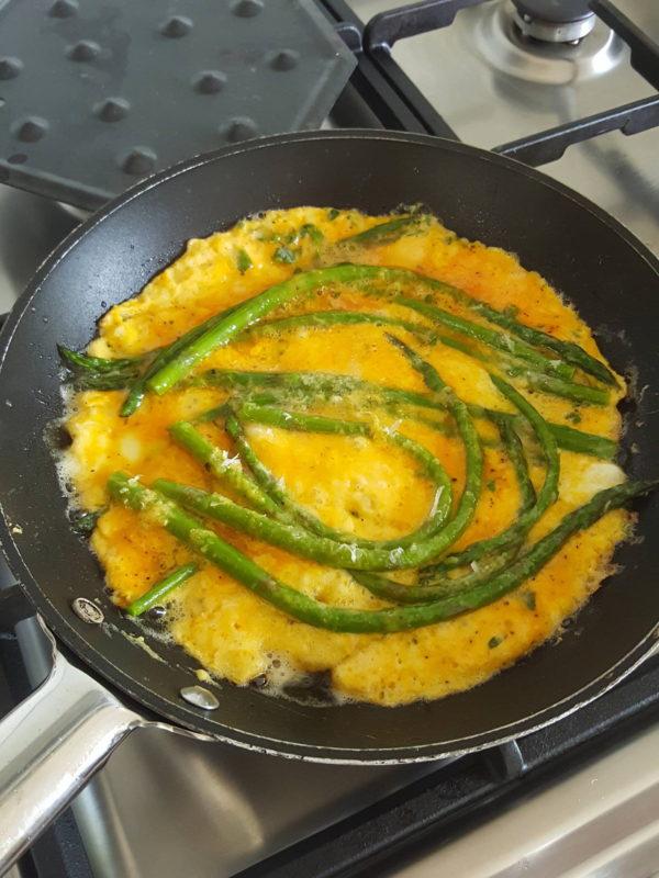 Asparagus frittata 3