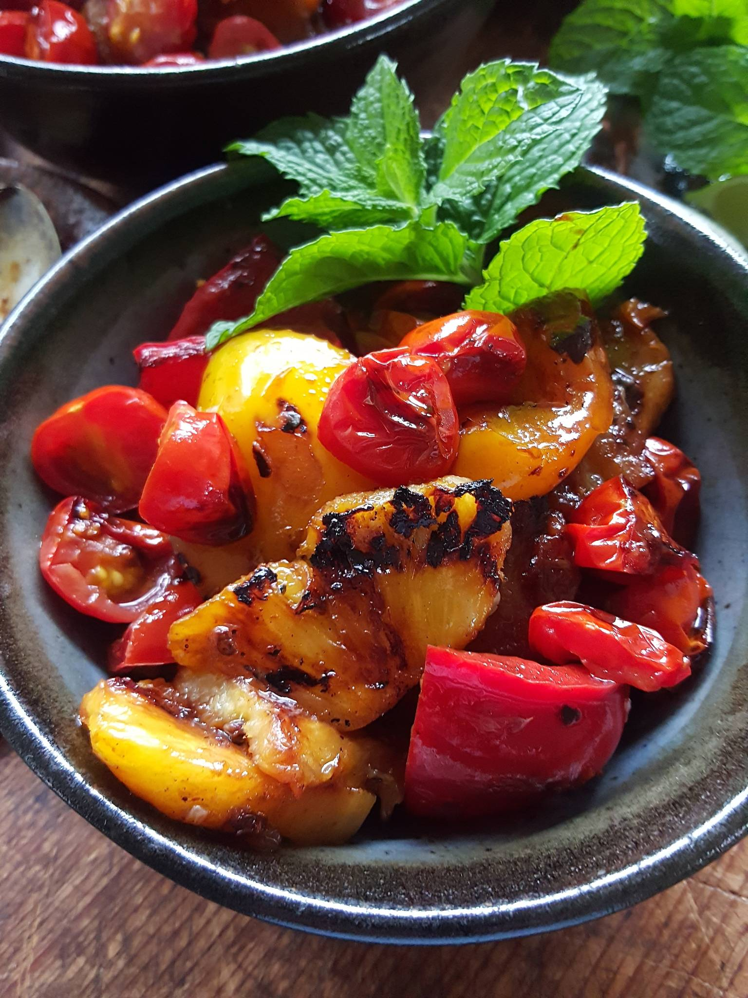 Pineapple pepper salad