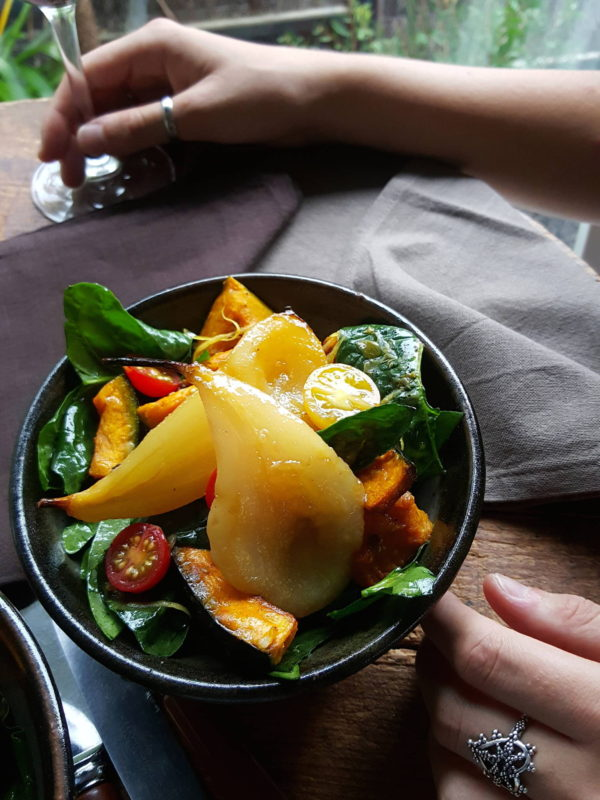 Spinach & pear salad 2