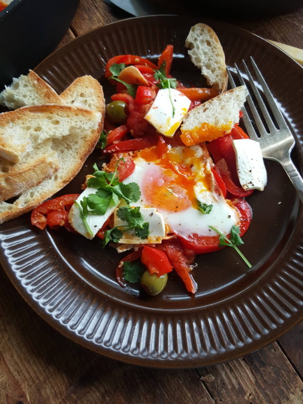 Tunisian eggs with extras 1