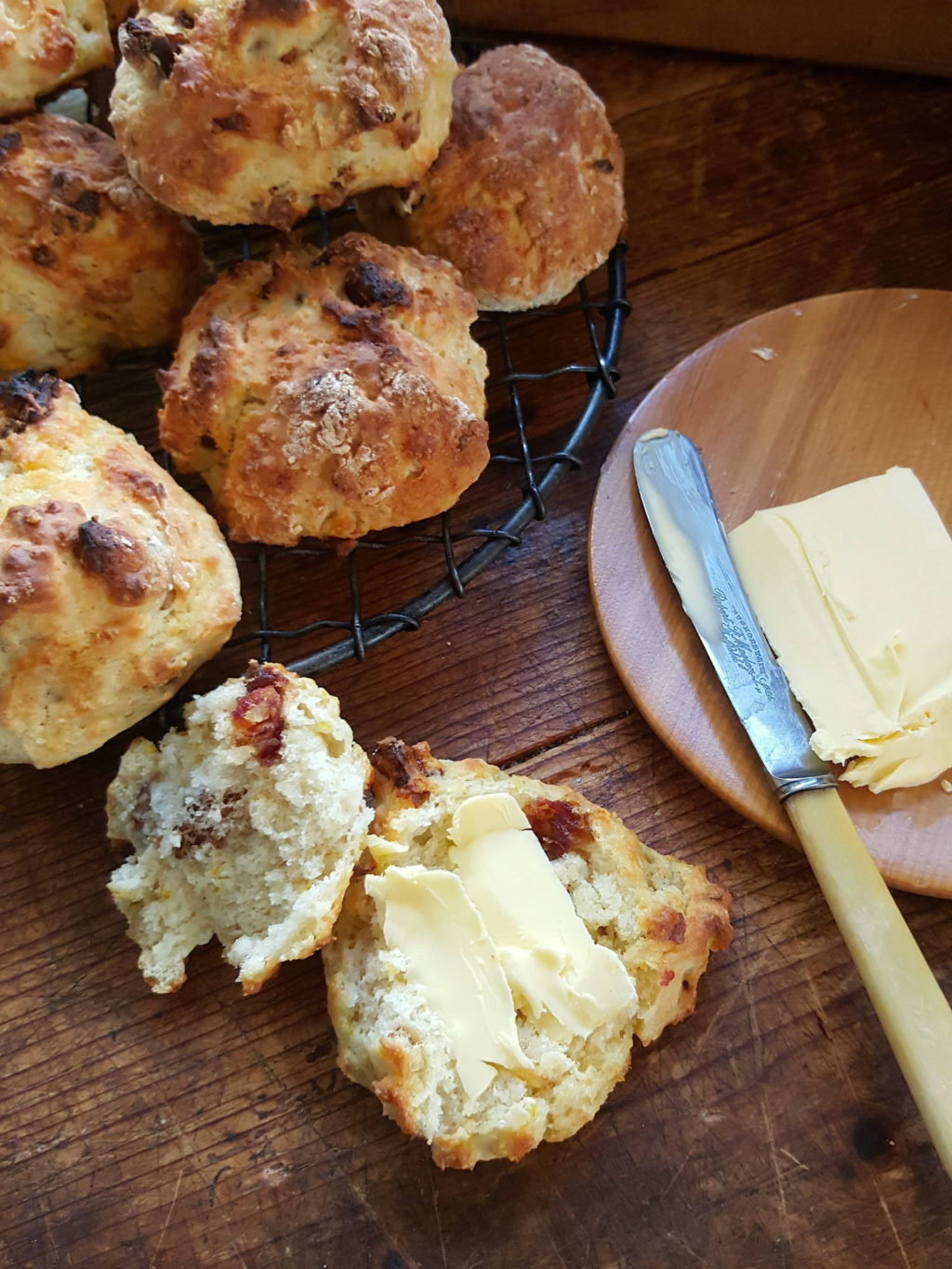 Buttermilk date scones