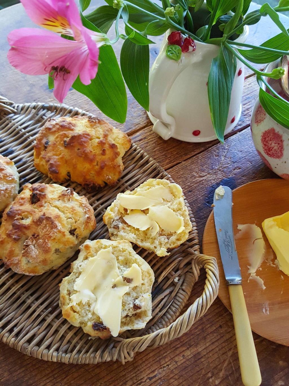 Buttermilk & date scones 5