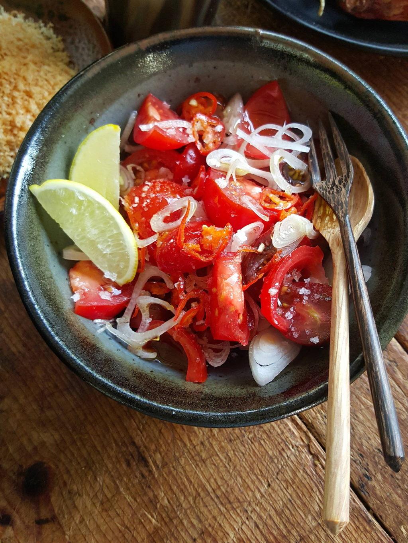 tomato & shallot salad