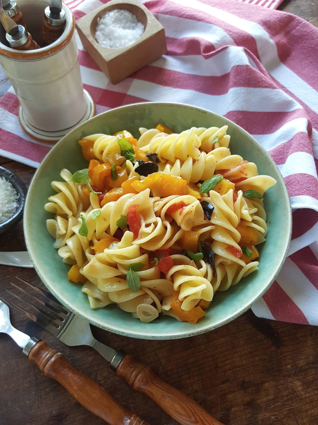 Pasta with yellow pepper 2