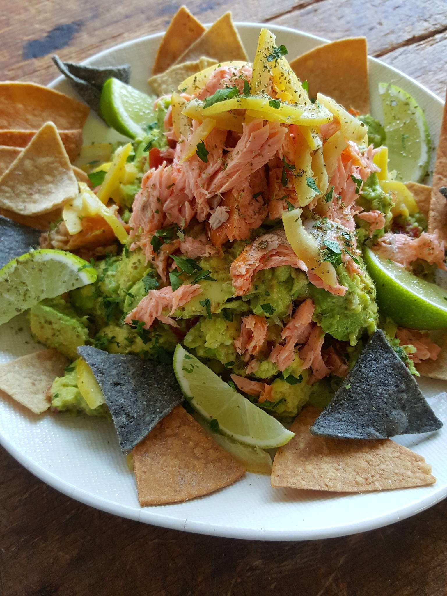 Guacamole with extras 1
