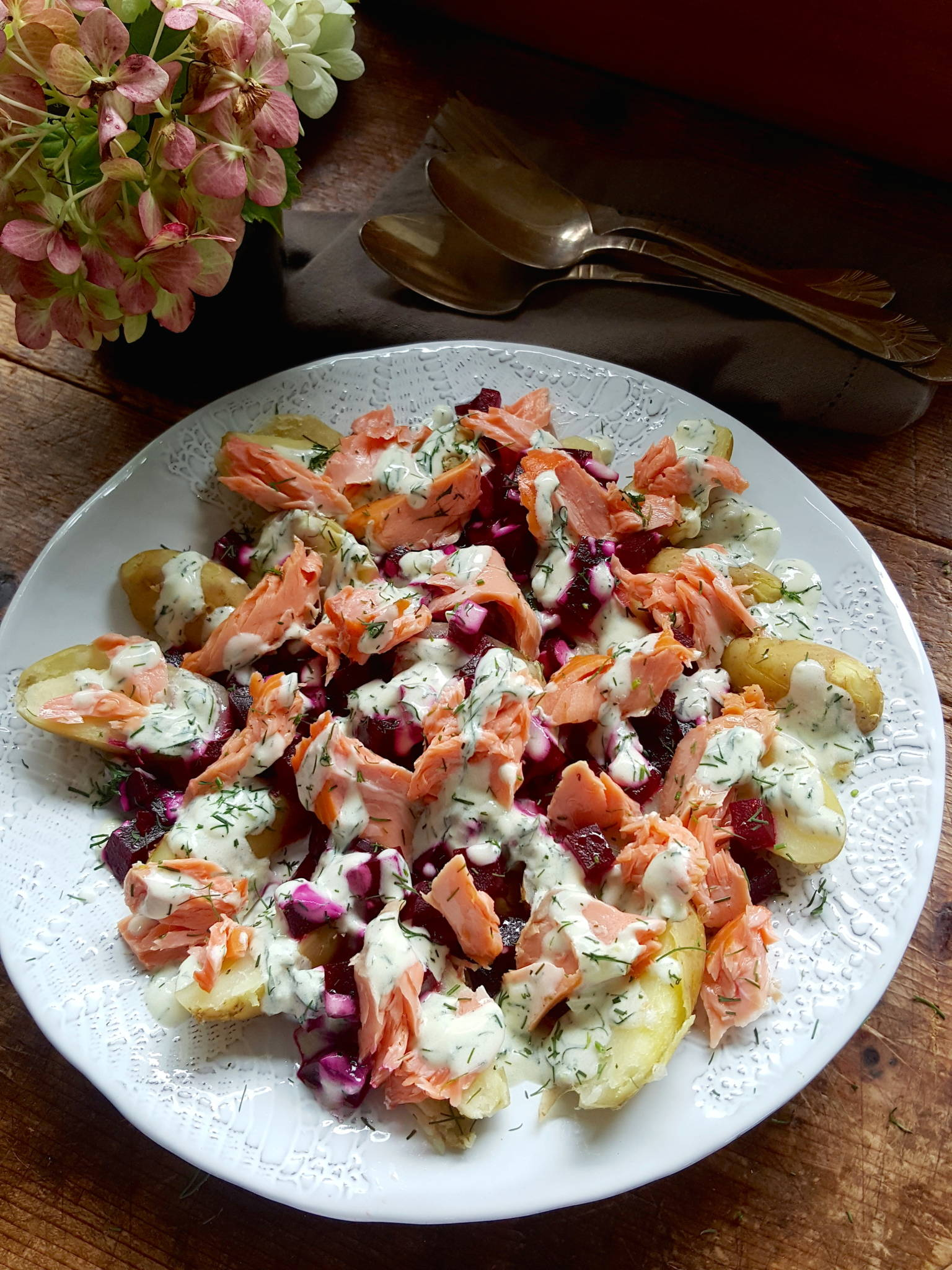Hot-smoked Salmon Salad with Beets 1