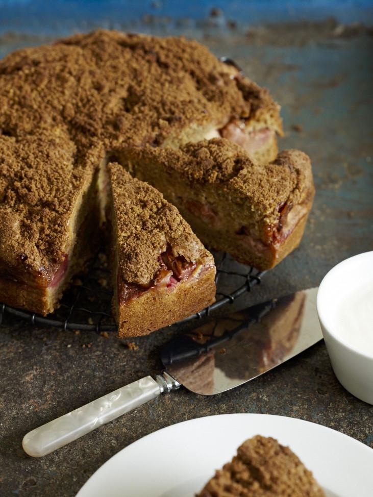 Rhubarb & Cinnamon Cake