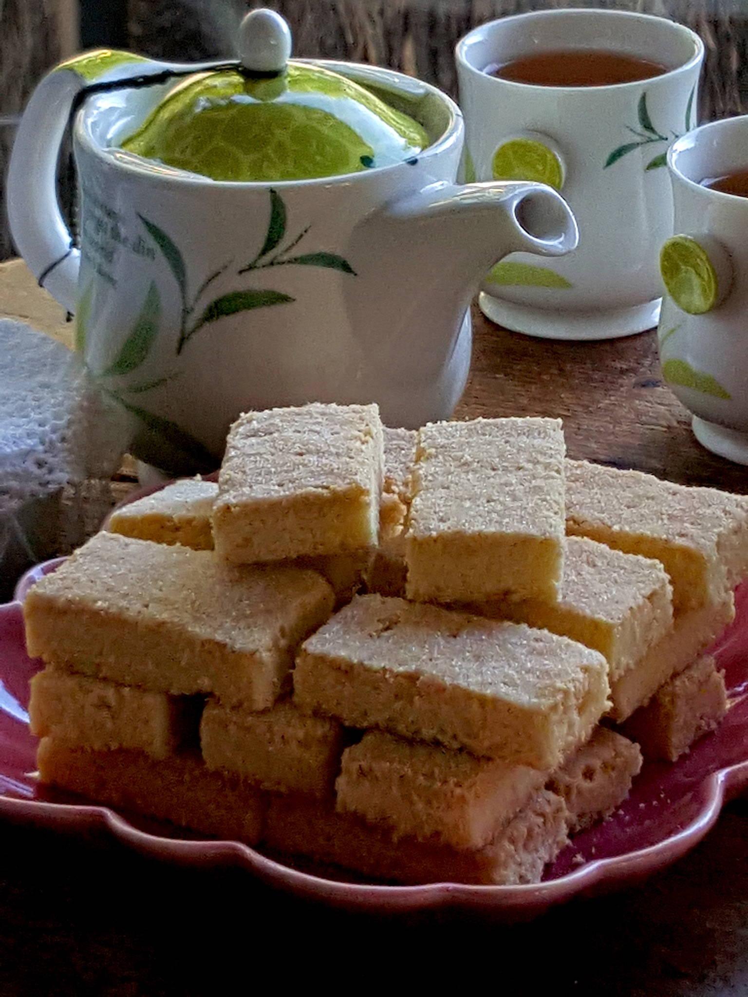 Shortbread with tea