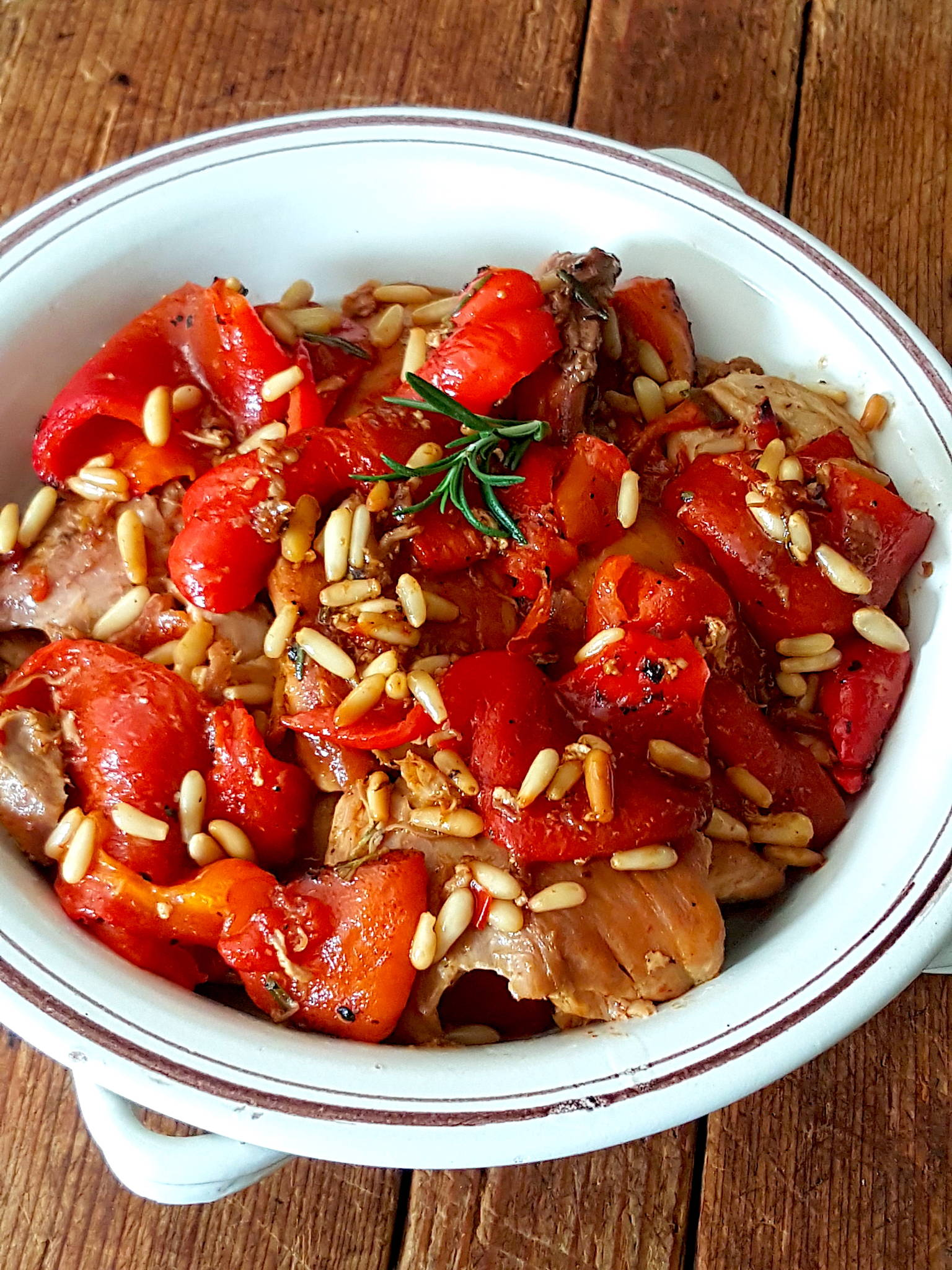 Chicken in the Pan with Red Peppers