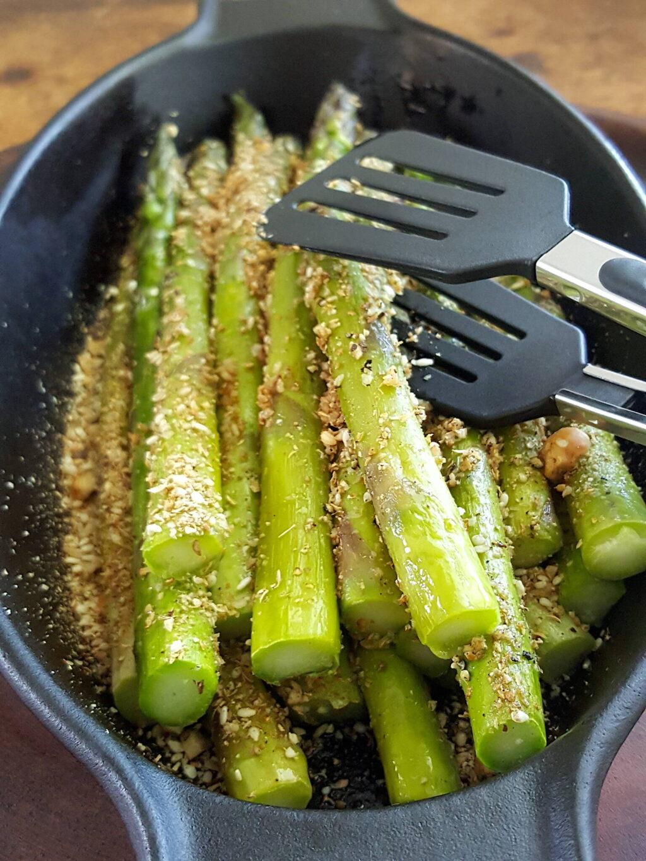 Asparagus with Dukkah