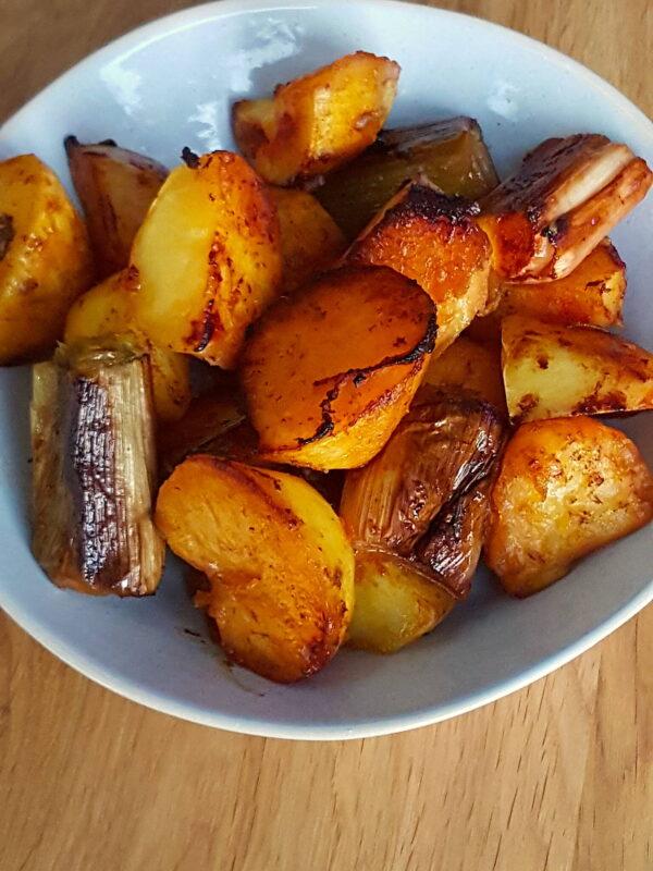 Roast potatoes & leeks