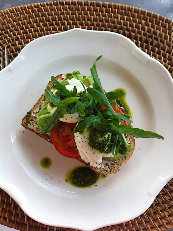 Rocket pesto with poached eggs